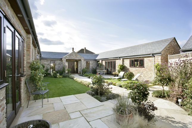 4 bed barn conversion for sale in The Barns, Woodhouse Farm, Henfield BN5