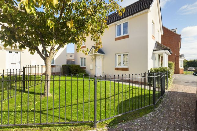 3 bed detached house to rent in The Fairways, Huntley, Gloucester GL19