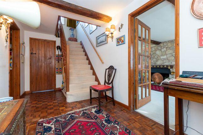 CV348Xg-11 of Dormer Cottage, Pebworth, Stratford-Upon-Avon CV37