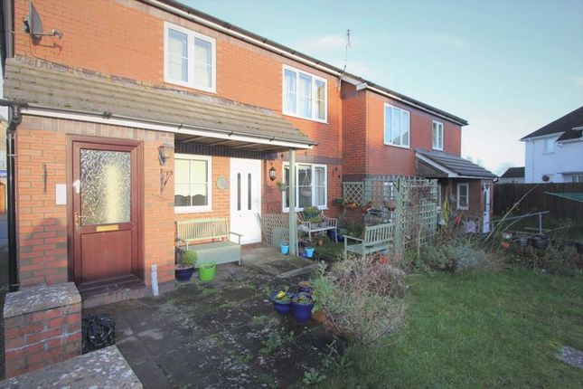 Thumbnail Flat for sale in Gileston Road, St. Athan, Barry
