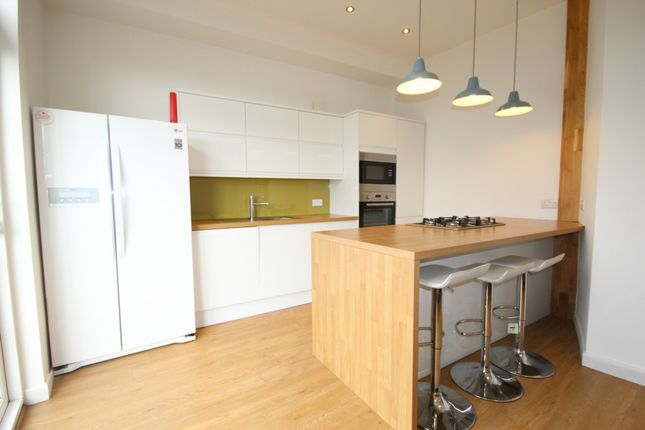 Thumbnail Terraced house to rent in Mafeking Road, Brighton