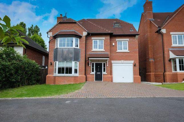 Thumbnail Detached house to rent in Stourbridge Road, Penn, Wolverhampton