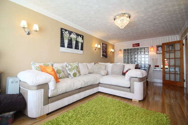 2 bed flat for sale in Eastern Esplanade, Canvey Island SS8