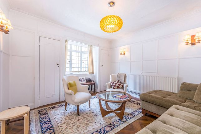 1 bed flat to rent in Thayer Street, Marylebone