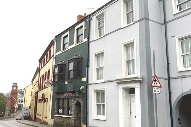 2 bed flat to rent in Westgate Hill, Pembroke SA71