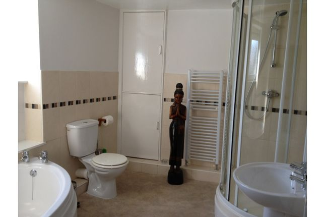 Bathroom of Belmont Street, Weymouth DT4