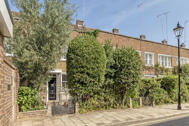Thumbnail Terraced house for sale in Caroline Place, London