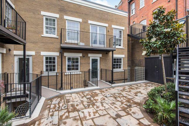 1 bed flat for sale in 21 Rosslyn Road, Twickenham TW1