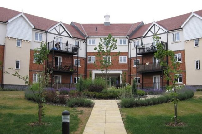 Thumbnail Flat to rent in Apprentice Drive, Colchester
