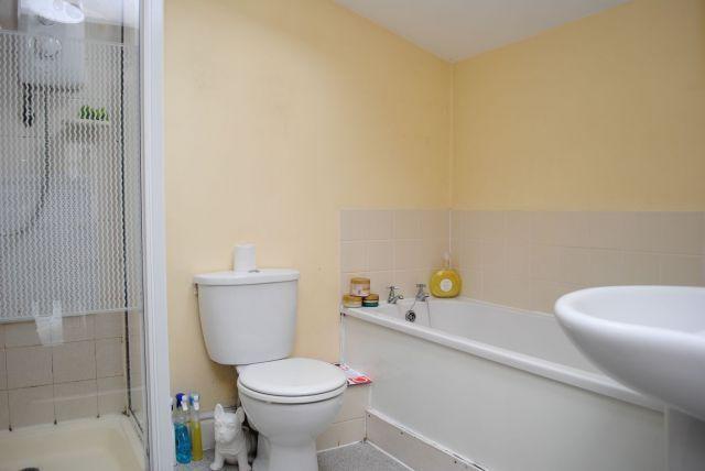 Bathroom of Washington Street, Kingsthorpe Village, Northampton NN2