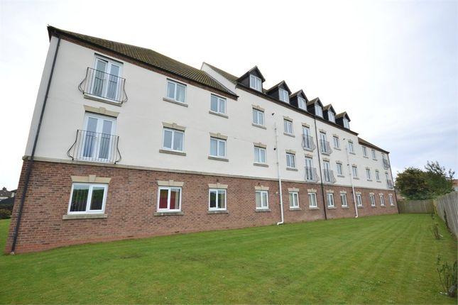 Thumbnail Flat to rent in Wisbech Road, King's Lynn