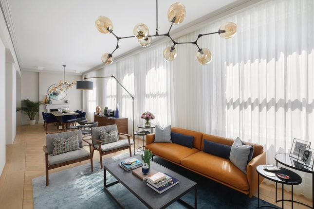 Thumbnail Flat for sale in Great Queen Street, London