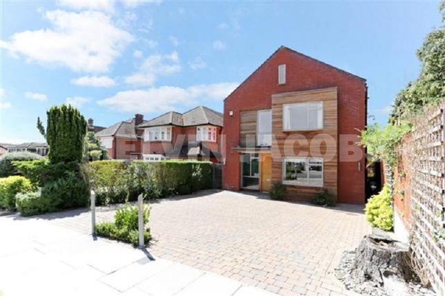 Thumbnail Detached house for sale in Edgwarebury Lane, Edgware, Greater London.