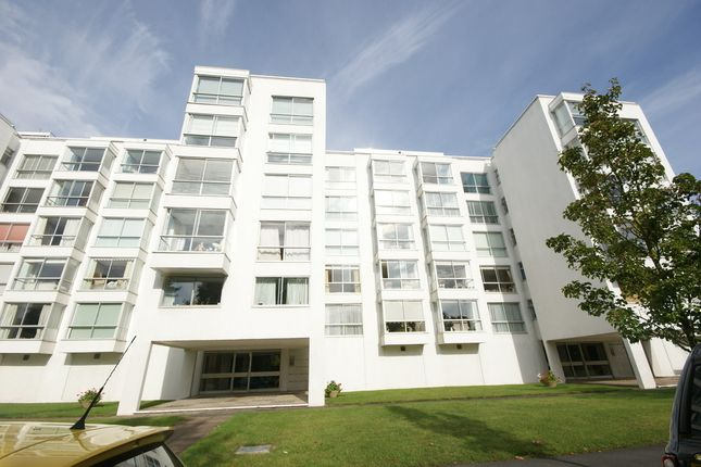 Thumbnail Flat to rent in 41 Regency House, Newbold Terrace, Leamington Spa