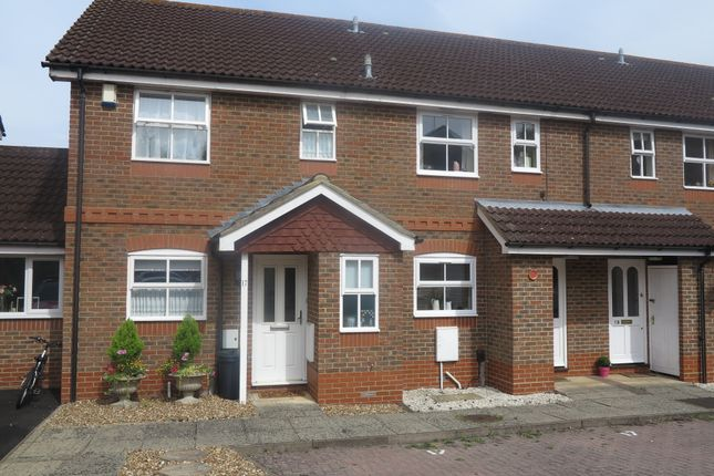 Thumbnail Semi-detached house to rent in Coniston Close, Woodley, Reading