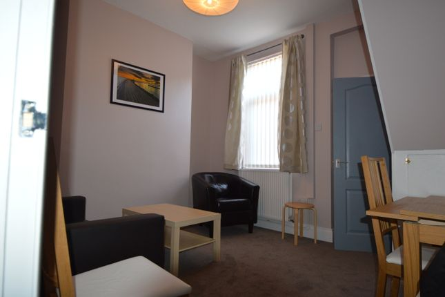 3 bed terraced house to rent in Maple Street, Middlesbrough TS1