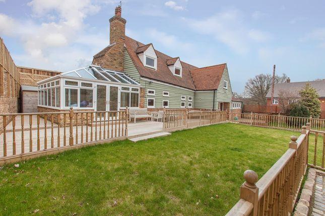 Thumbnail Barn conversion for sale in Bragbury Lane, Stevenage