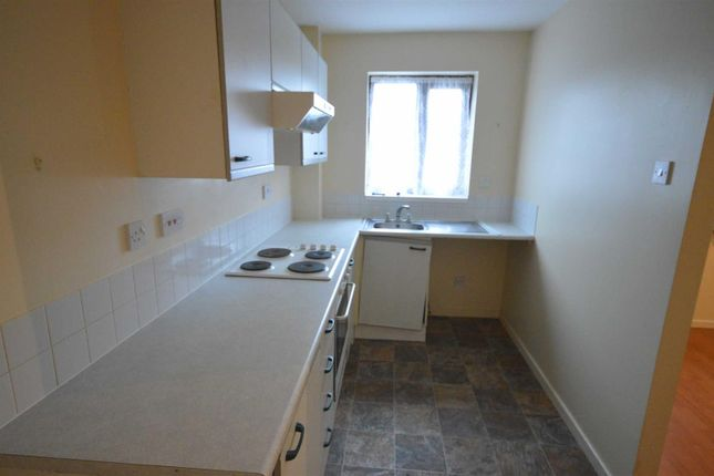 Thumbnail Terraced house to rent in Pickering Avenue, Hornsea