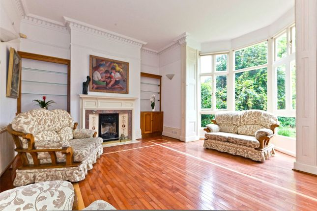 Thumbnail Flat for sale in Hampstead Lane, Highgate Village, London