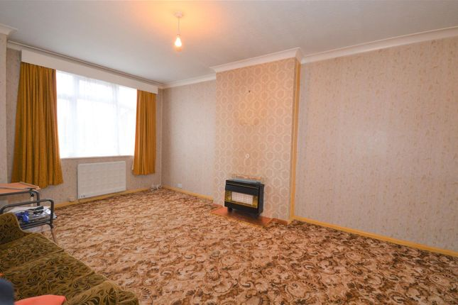 Lounge of Winsford Avenue, Coventry CV5