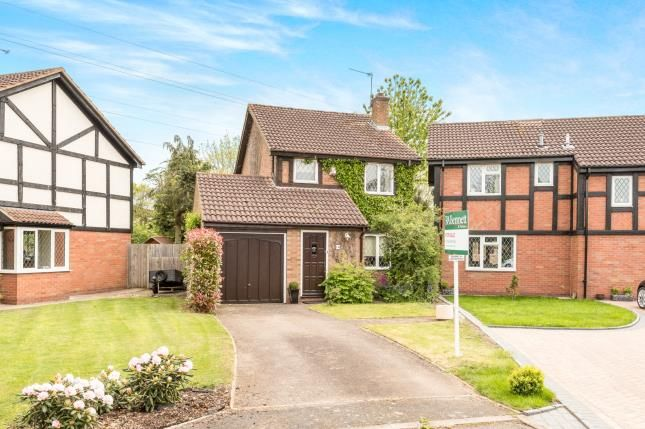 Thumbnail Detached house for sale in Cleeves Avenue, Warwick