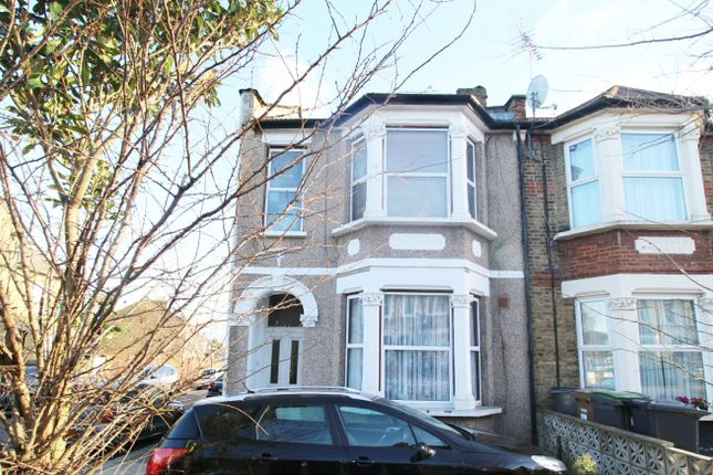 Thumbnail Flat for sale in Whittington Road, Wood Green, Greater London