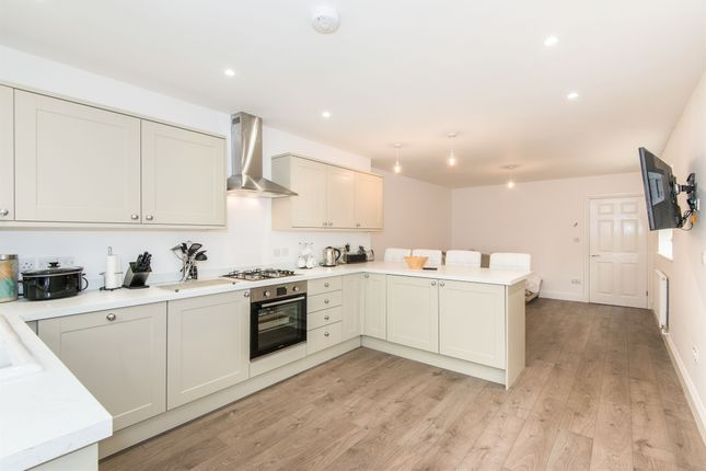 Thumbnail Semi-detached house for sale in Valley Road, Chandlers Ford, Eastleigh