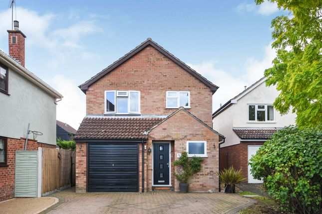 Thumbnail Detached house for sale in Longshots Close, Broomfield, Chelmsford