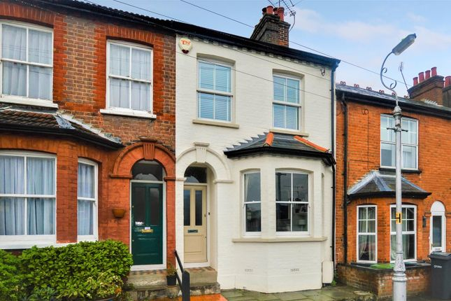 3 bed property for sale in Warwick Road, St.Albans