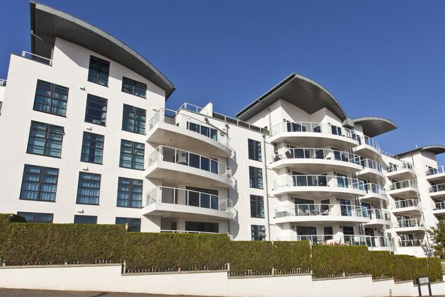 Thumbnail Flat for sale in The Reef, 16 Boscombe Spa Road, Boscombe Spa, Dorset