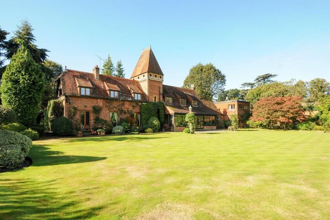 Thumbnail Detached house for sale in Sunningdale, Berkshire