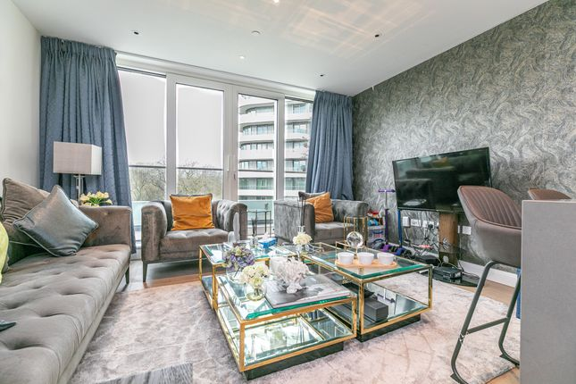 Thumbnail Flat for sale in Altissima House, 340 Queenstown Road, London