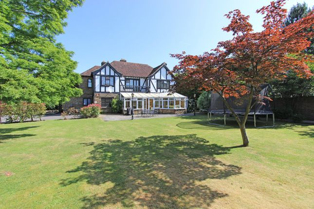 Thumbnail 4 bedroom detached house to rent in Babylon Lane, Lower Kingswood, Tadworth
