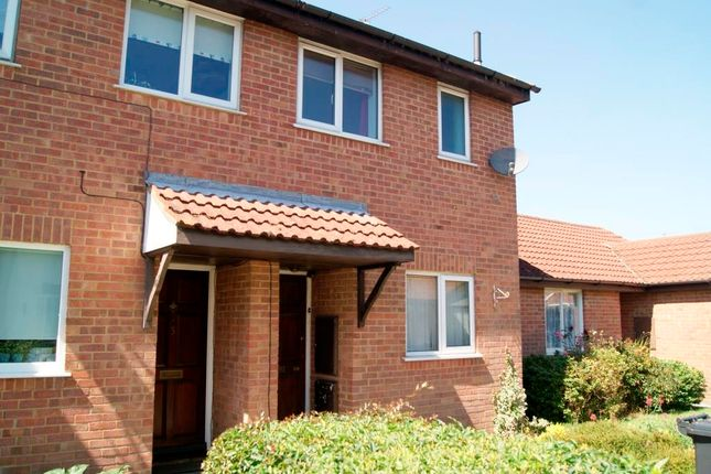 2 bed terraced house to rent in Consort Close, Parkstone, Poole