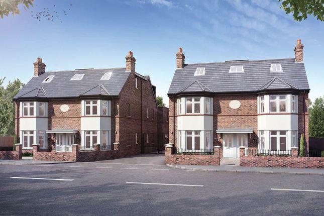 Thumbnail Flat for sale in High Road, Bushey Heath, Bushey
