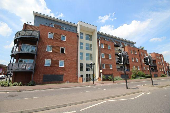 Thumbnail Flat to rent in Princes Way, Bletchley, Milton Keynes