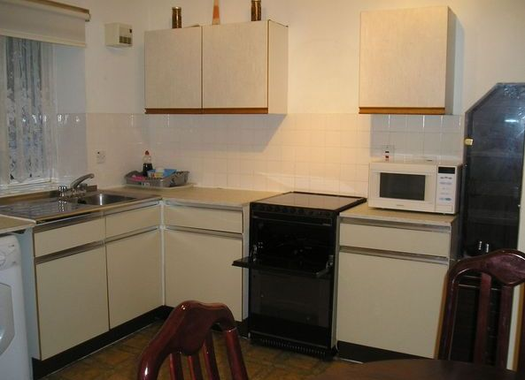 Thumbnail Terraced house to rent in New North Road, Islington, London