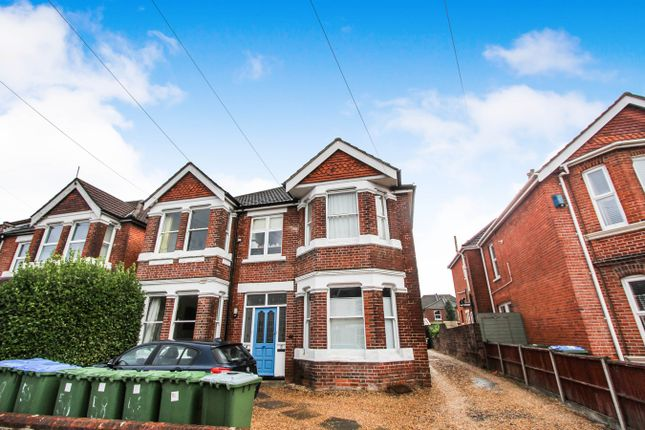 Thumbnail Maisonette for sale in Atherley Road, Shirley, Southampton