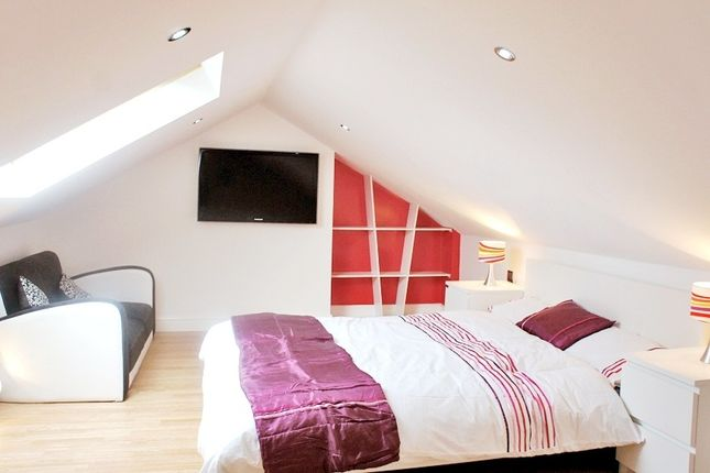 Thumbnail Shared accommodation to rent in Burton, West Didsbury, Manchester