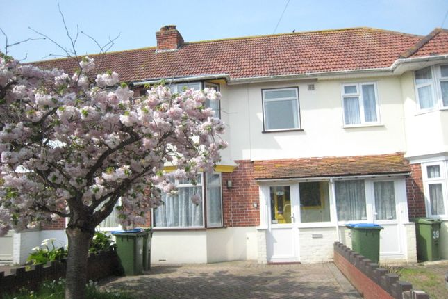 3 bed terraced house to rent in Castle Grove, Portchester