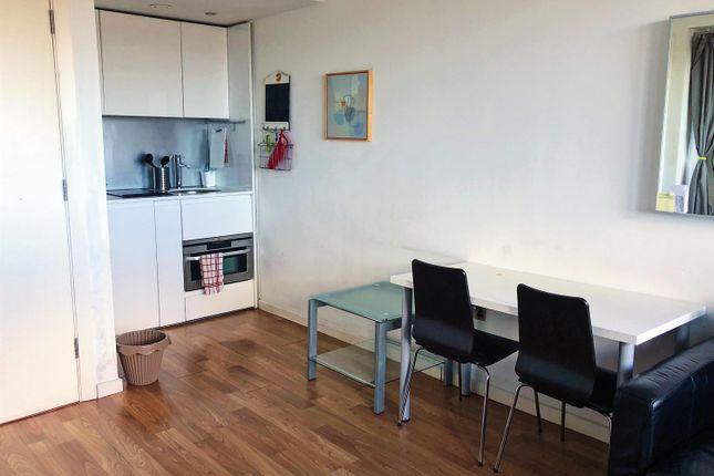 Thumbnail Flat to rent in Bridgewater Place, Water Lane, Leeds