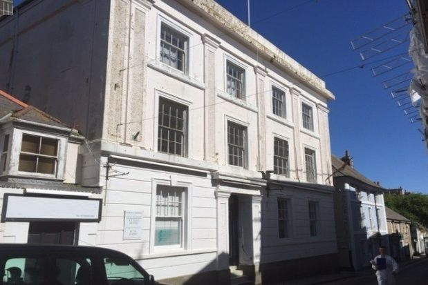 Thumbnail Flat to rent in Chapel Street, Penzance