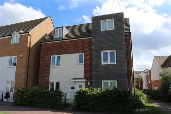 4 bed detached house to rent in Newport Road, Broughton, Milton Keynes