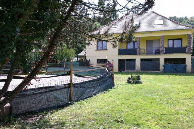 Thumbnail Detached house for sale in Lorraine, Moselle, Sarreguemines