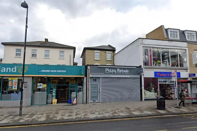 Thumbnail Flat to rent in High Road, Turnpike Lane, London