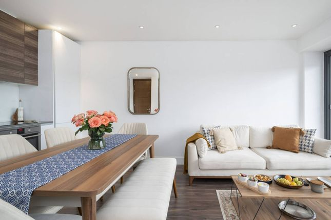 1 bed flat for sale in East Barnet Road, Barnet EN4