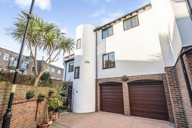 Thumbnail Town house for sale in Oyster Mews, French Street, Portsmouth