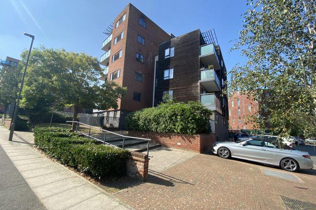 Thumbnail Flat to rent in Edgware Court, Edgware