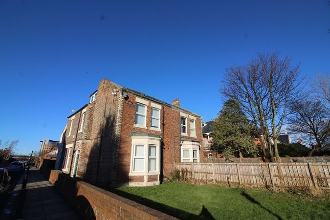 Thumbnail Flat to rent in Salters Road, Gosforth, Newcastle Upon Tyne