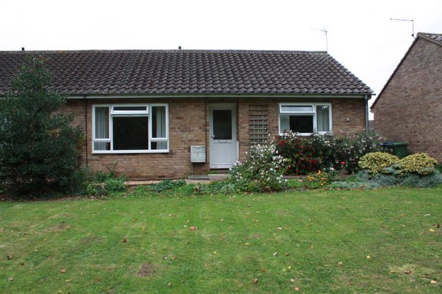 Thumbnail Bungalow to rent in Rectory Road, Bluntisham, Huntingdon